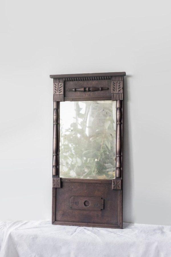 Деревенское зеркало в раме
