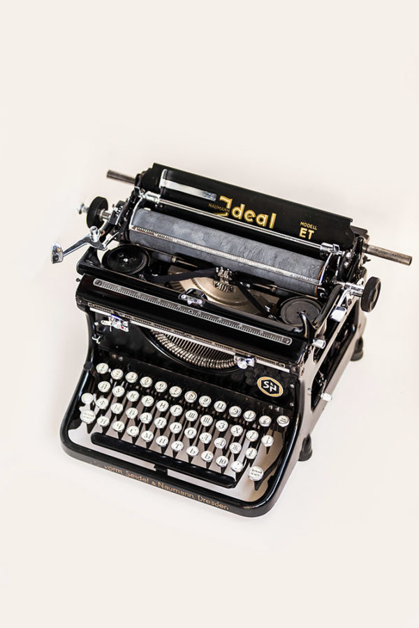 Печатная машинка Ideal modell ET