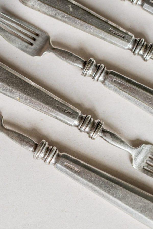 Набор вилок – ножей братьев Бух