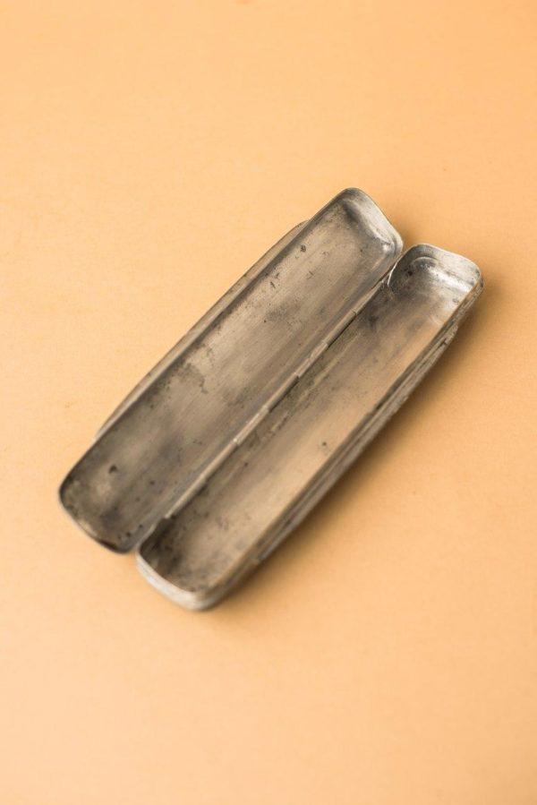 Оловянный пенал