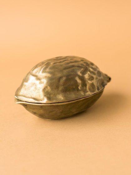 Орехокол в форме ореха