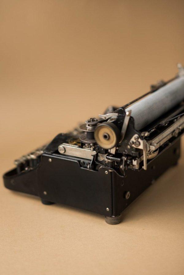 Печатная машинка Erika Portable 2 1913 год
