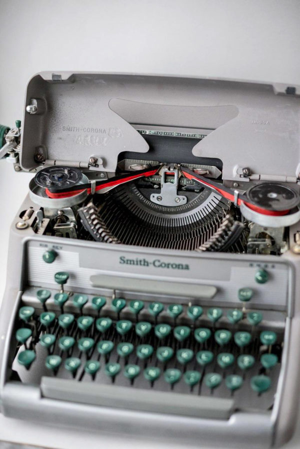 """Печатная машинка Smith Corona """"Eighty-Eight"""" Secretarial 1956 год"""