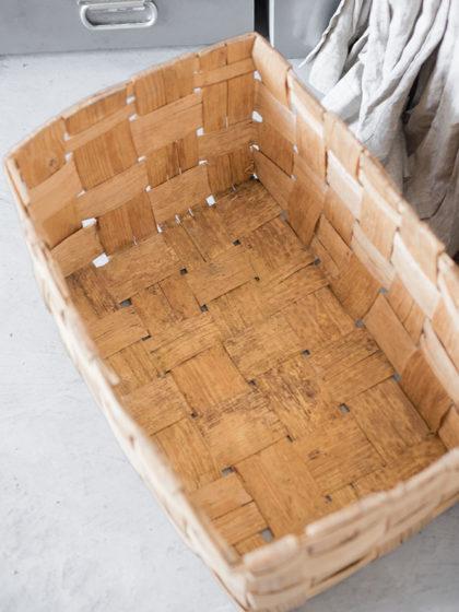 Старая деревенская корзина
