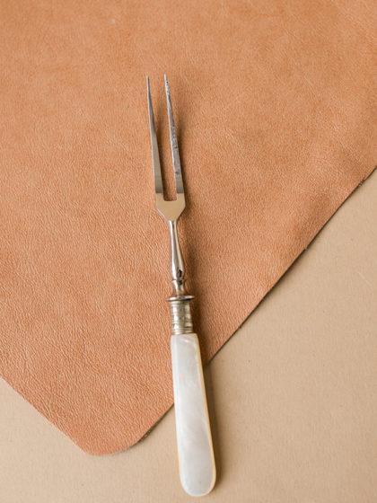 Вилочка с ручкой из перламутра