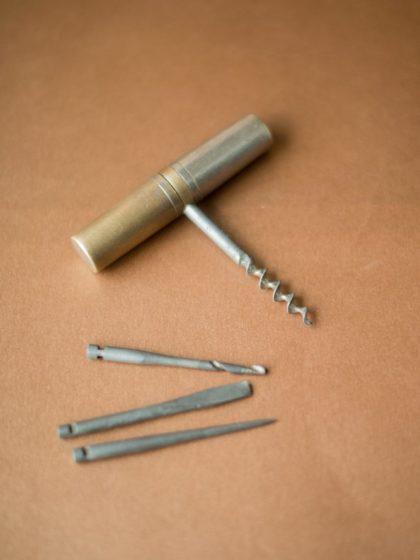 Походный английский набор инструментов с штопором