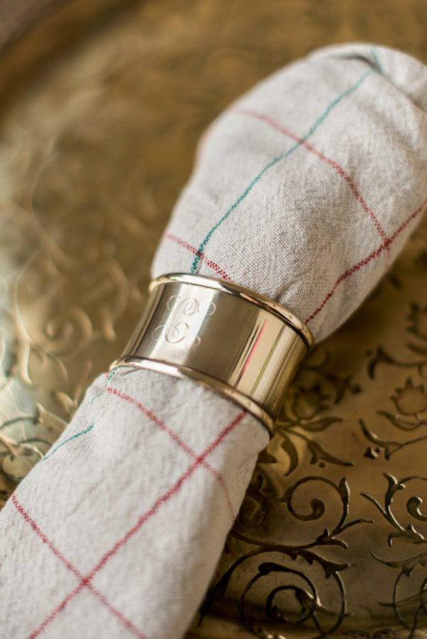 Кольцо для салфетки с гравировкой