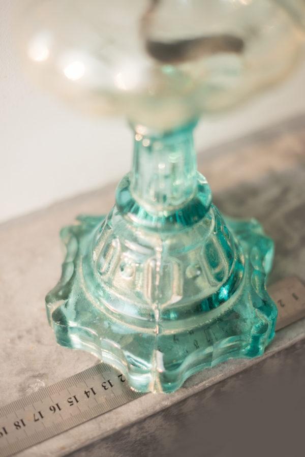 Керосиновая лампа на ножке из купоросного стекла