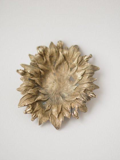 Бронзовая мелочница – пепельница в форме листьев XIX век