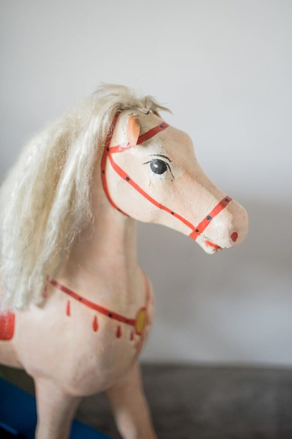 Старинная лошадка-каталка из папье-маше СССР