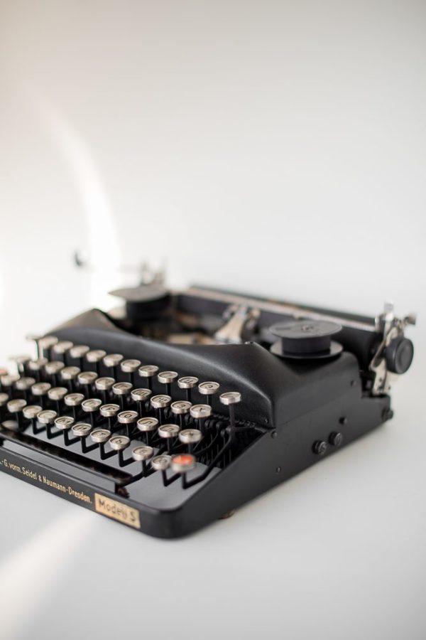 Печатная машинка Erika S 1936 года